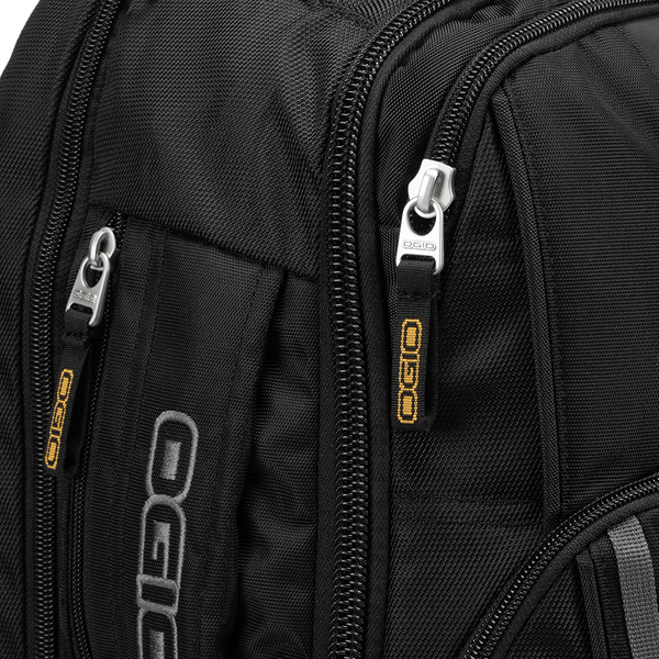 Aston Martin Cognizant F1 x OGIO Axle Laptop Backpack - View 81