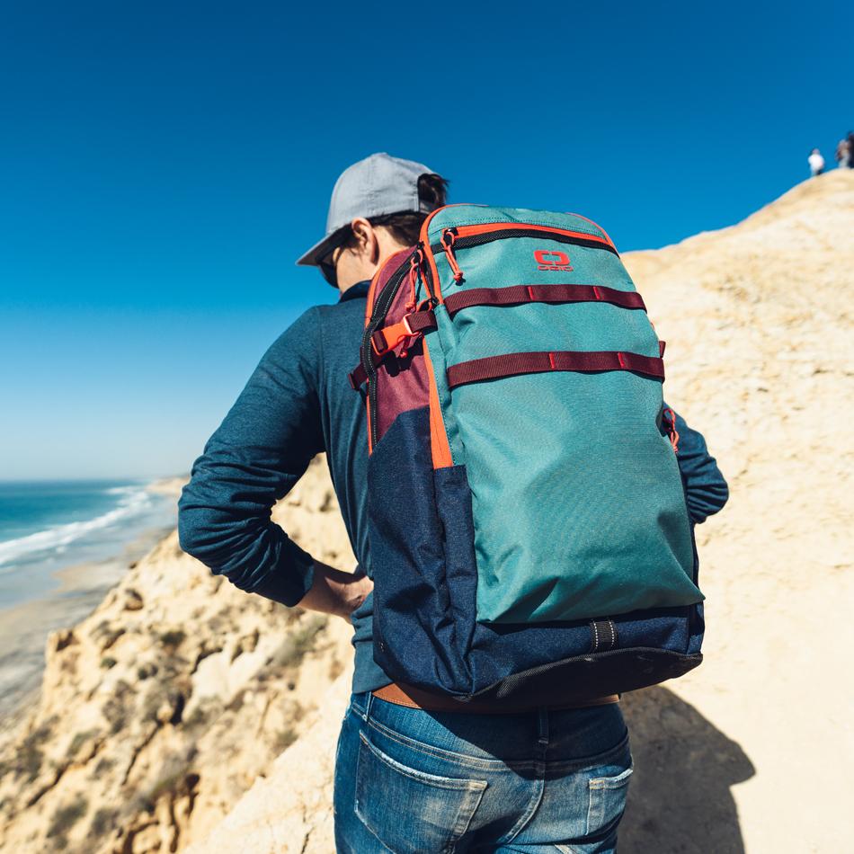 alpha-25-backpack-lifestyle-2