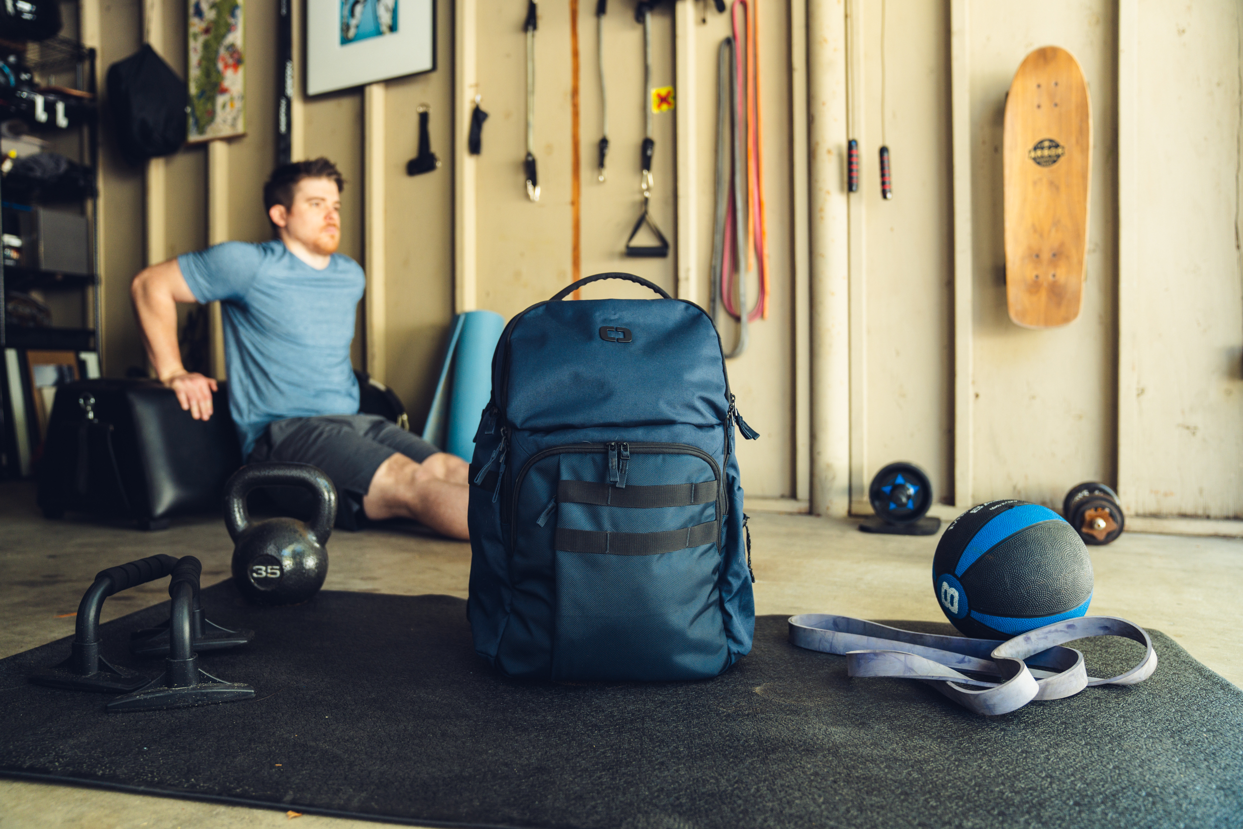 pace-pro-25-backpack-lifestyle-3