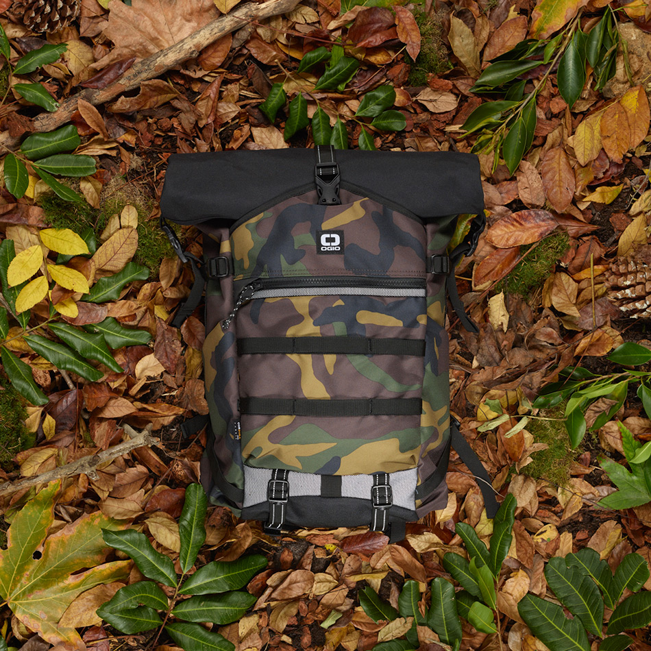 ogio-backpack2019-alpha-core-convoy-525r-lifestyle-2