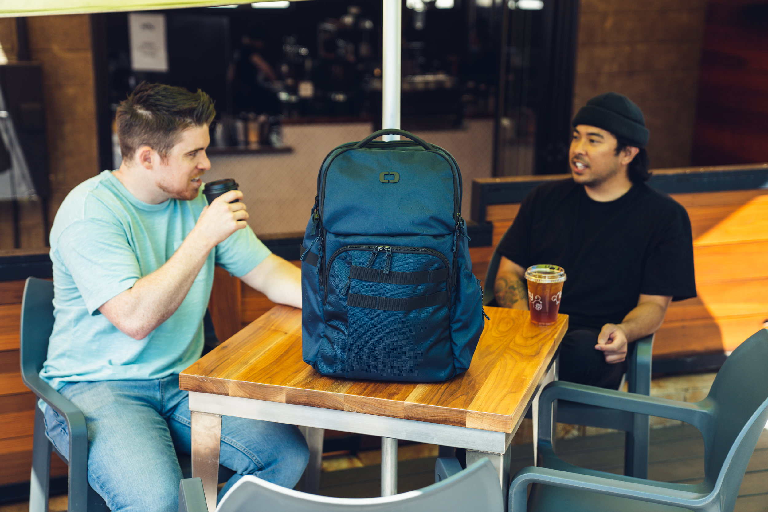 pace-pro-25-backpack-lifestyle-1