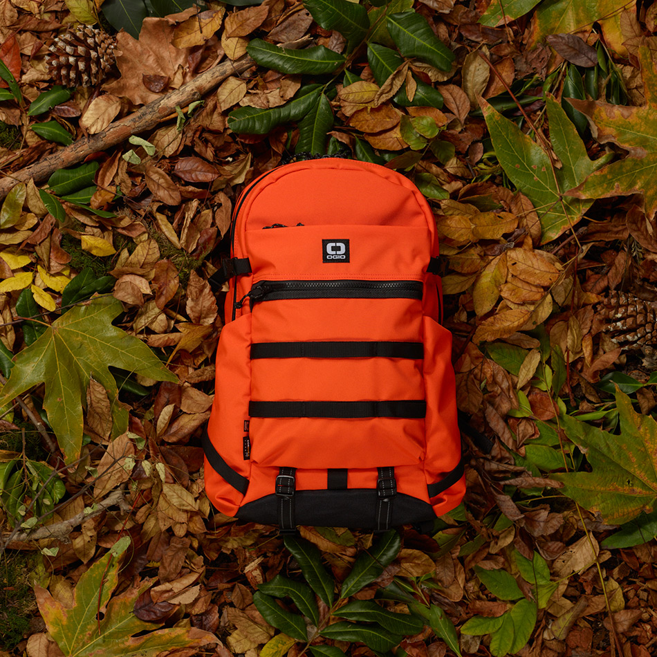 ogio-backpack2019-alpha-core-convoy-320-lifestyle-1