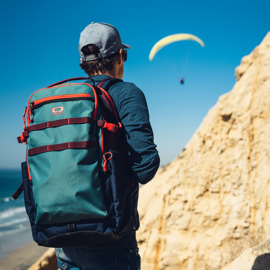 alpha-25-backpack-lifestyle-3